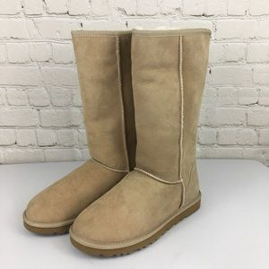 NEW UGGs Classic Tall Sand